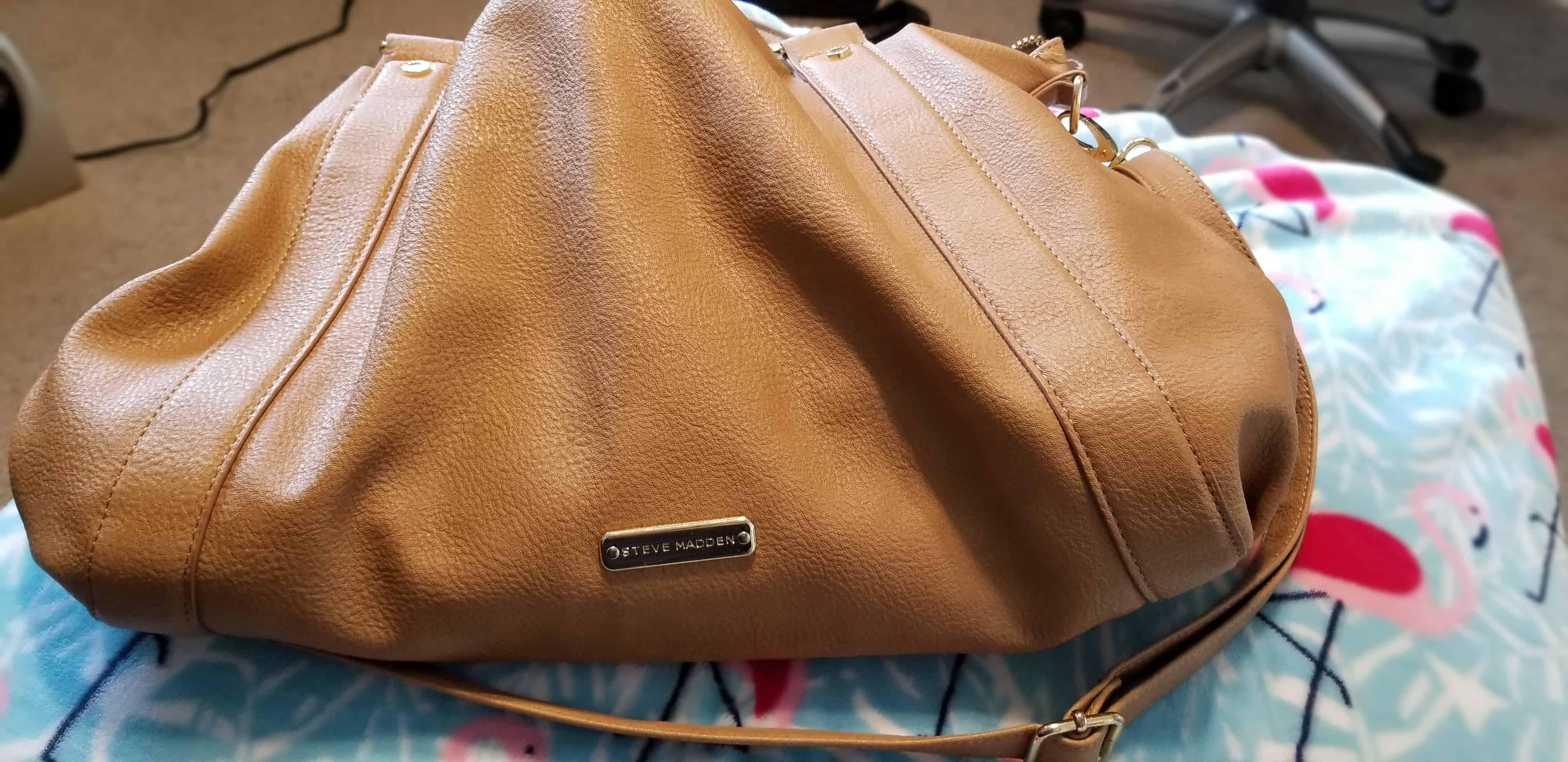 I Carry A Big Purse & NO, I'm NOT A Shoplifter